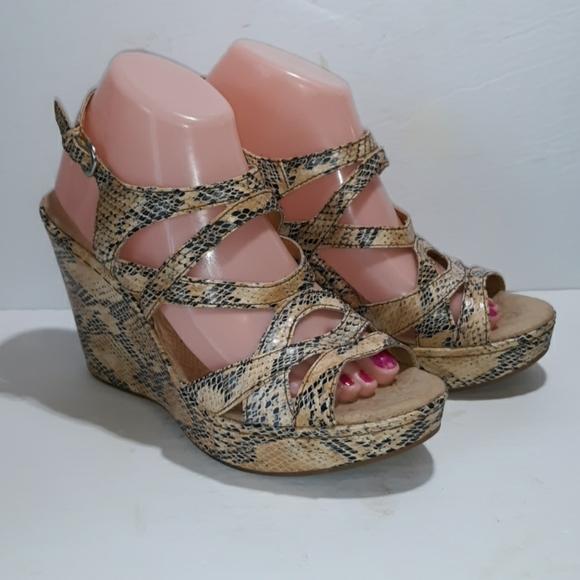 Boc 9 faux snakeskin wedges heels comfort